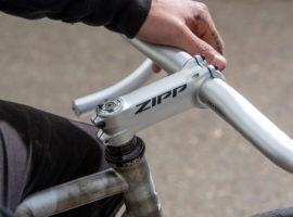 Zipp gaat retro met zilverkleurige onderdelen