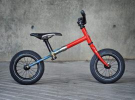 Big Forest Roadrunner: een custom loopfietsje voor € 4250,-