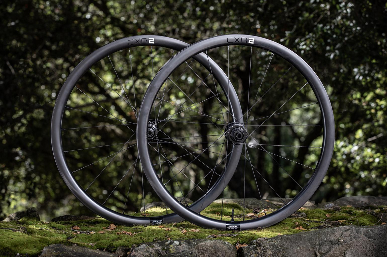 Giant CXR 2 carbon gravelwielen