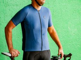 Review: Megmeister Ultrafris shirt en armwarmers