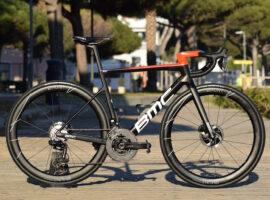 De BMC Teammachine van team Qhubeka-Assos