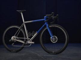 Sturdy Cycles maakt titanium frames en componenten met 3D printen