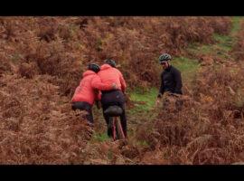 Lol op de fiets in het Lake District – video