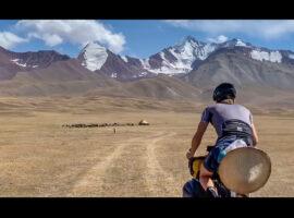Op de fiets van Shanghai naar Newcastle – video