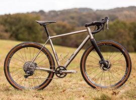 2-11 Cycles: racefiets van staal uit Frankrijk