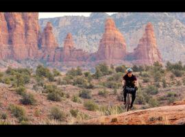 Met je gravelbike de woestijn van Arizona ontdekken: Never in the Way – video