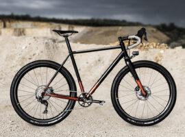 Wish One Quest: bombproof stalen fiets om mee te bikepacken