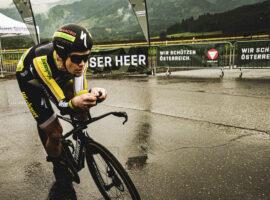 Christoph Strasser pakt wereldrecord: meer dan 1000 kilometer fietsen in 24 uur