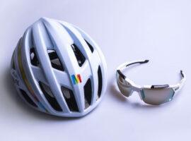 Speciale Kask helm en Koo bril voor de Maratona Dles Dolomites